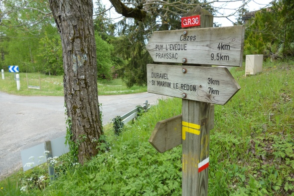 Then I saw this - if you remember there was a sign in Duravel assuring me Puy L'eveque was only 5km away.  Well here we are 3 KM into our walk and now we've got double the distance we were expecting still to go.